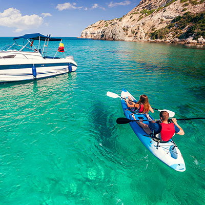 aa-galapagos-watersport-kayaking.jpg