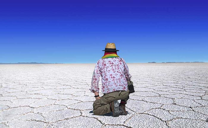 Relish the stunning scenes of the Uyuni Salt flats on a private luxury Bolivia tour