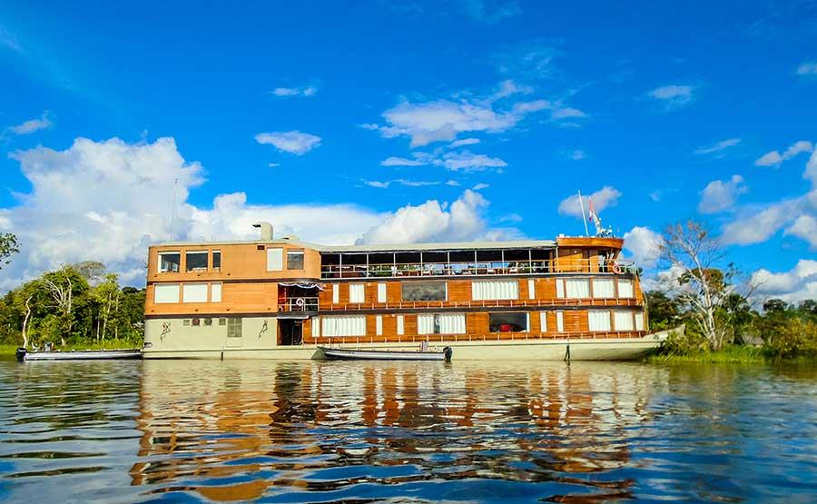 destination-peru-iquitos-amazon-river-cruise.jpg