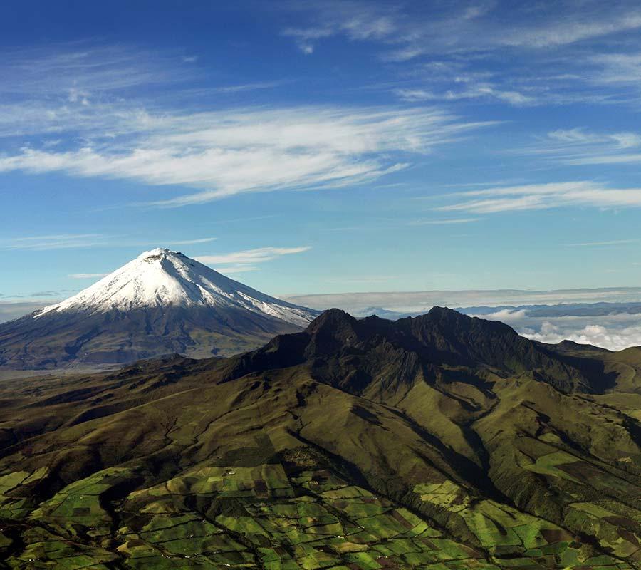 faa-cotopaxi-ruminahuani-volcano.jpg