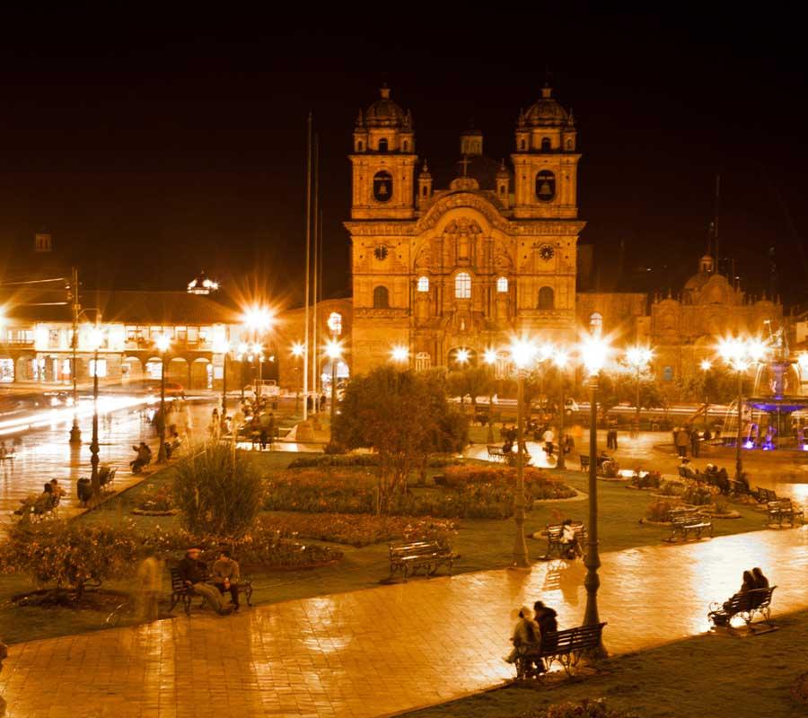 faa-cusco-sacred-valley-plaza-de-armas.jpg