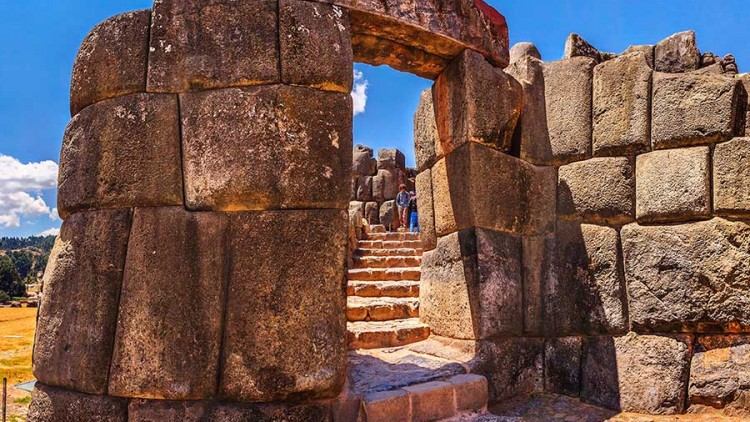 faa-httcusco-sacred-valley-sacsayhuaman