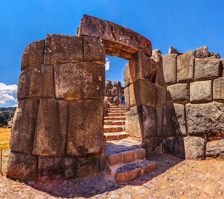 faa-cusco-sacred-valley-sacsayhuaman.jpg