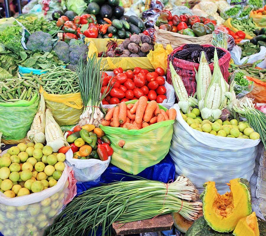 faa-cusco-sacred-valley-san-pedro-market.jpg