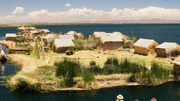 faa-puno-and-lake-titicaca-amantani-island