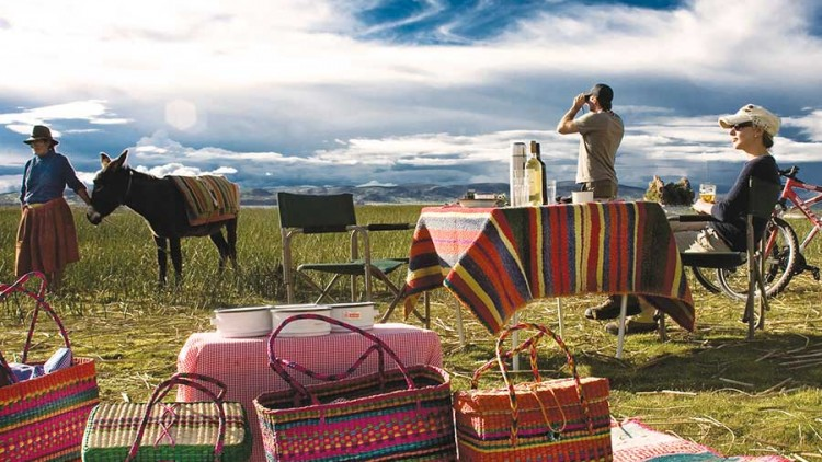 faa-puno-and-lake-titicaca-cultural-experiences