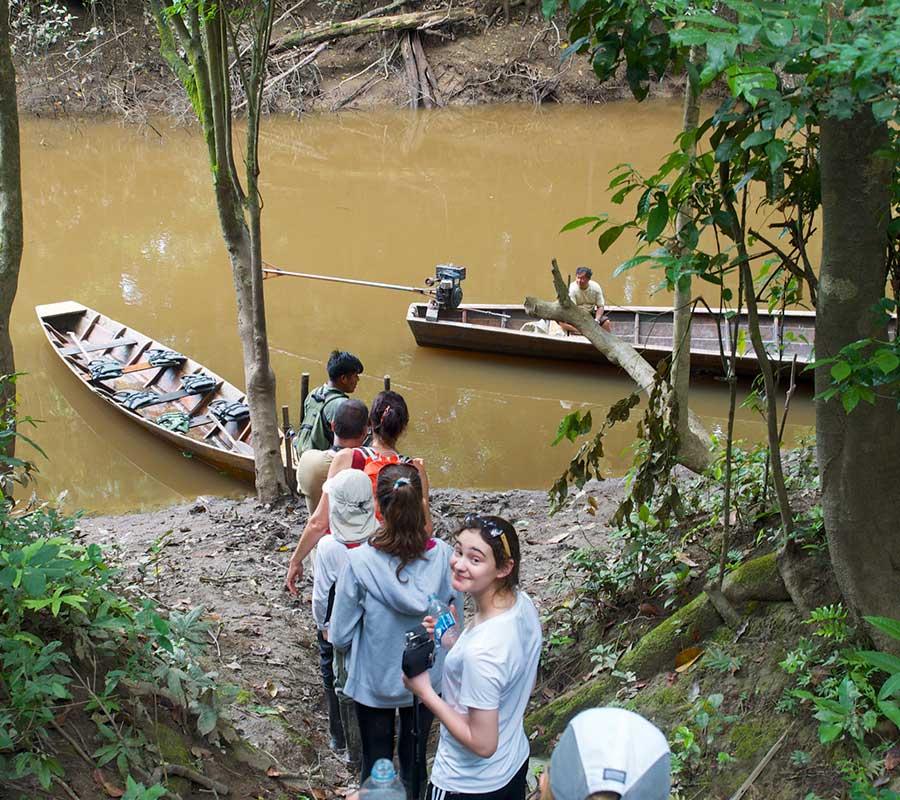 faa-tambopata-jungle-excursions.jpg