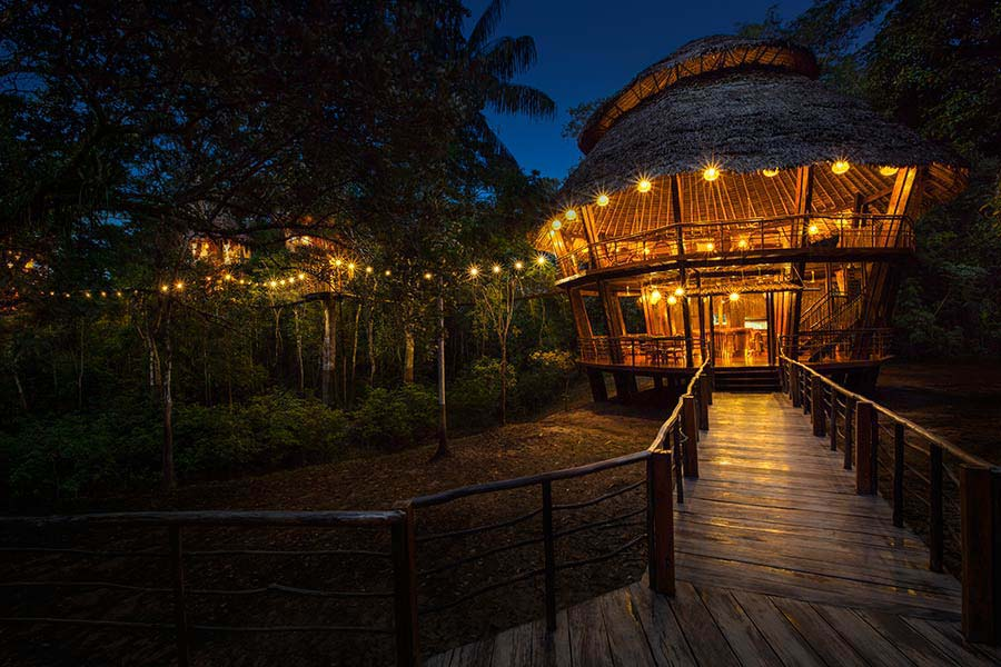 accommodation-iquitos-tree-house-lodges-5.jpg