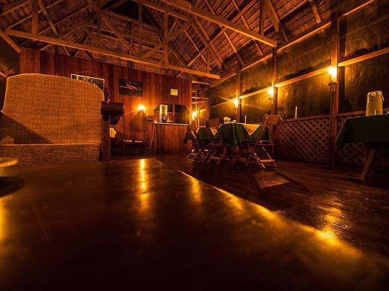 accommodation-manu-wildlife-center-2.jpg