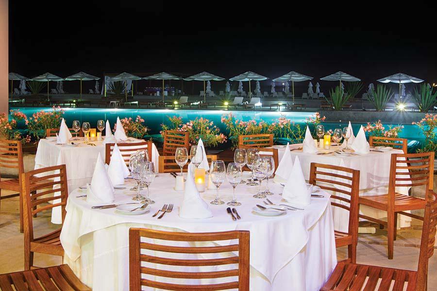accommodation-paracas-double-tree-resort-15.jpg