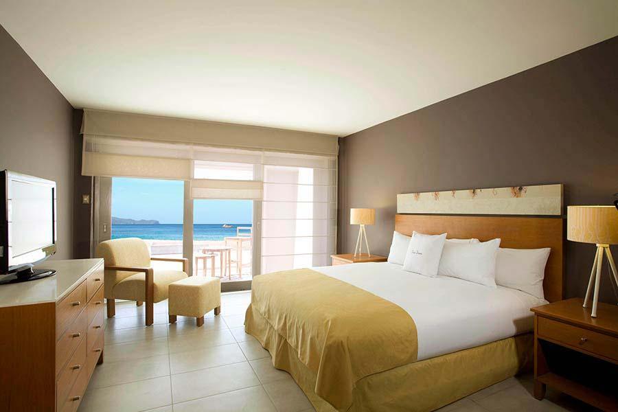 accommodation-paracas-double-tree-resort-3.jpg