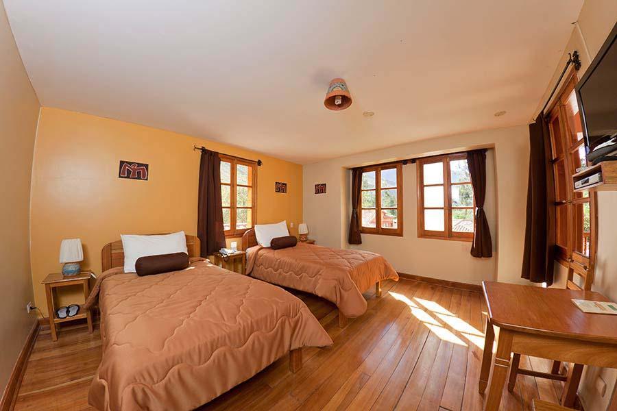accommodation-sacred-valley-pakaritampu-1.jpg