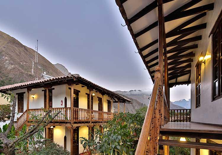 featured2-accommodation-sacred-valley-el-albergue-ollantaytambo.jpg