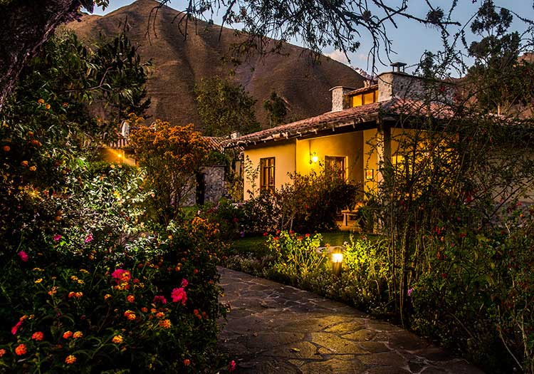 featured2-accommodation-sacred-valley-sol-y-luna.jpg