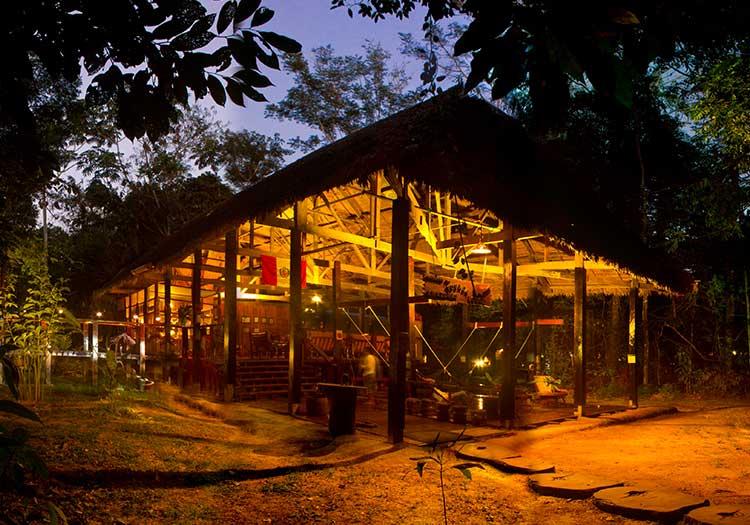 featured2-accommodation-tambopata-posada-amazonas.jpg