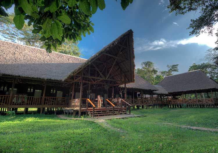 featured2-accommodation-tambopata-research-center.jpg