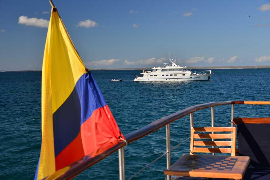 gallery-galapagos-cruise-coral-1-coral-2-2.jpg