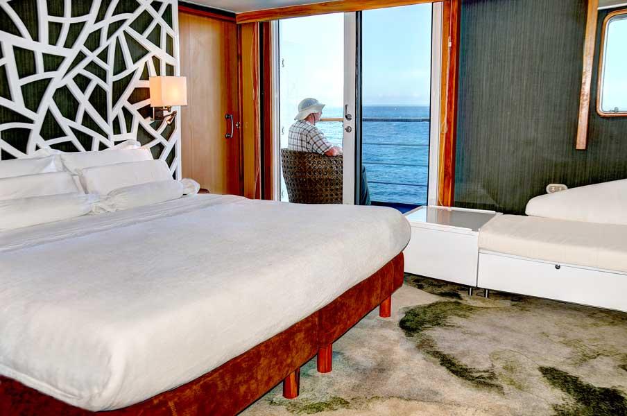 gallery-galapagos-cruise-legend-5.jpg