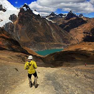 testimonial-featured-mountain-trekking.jpg