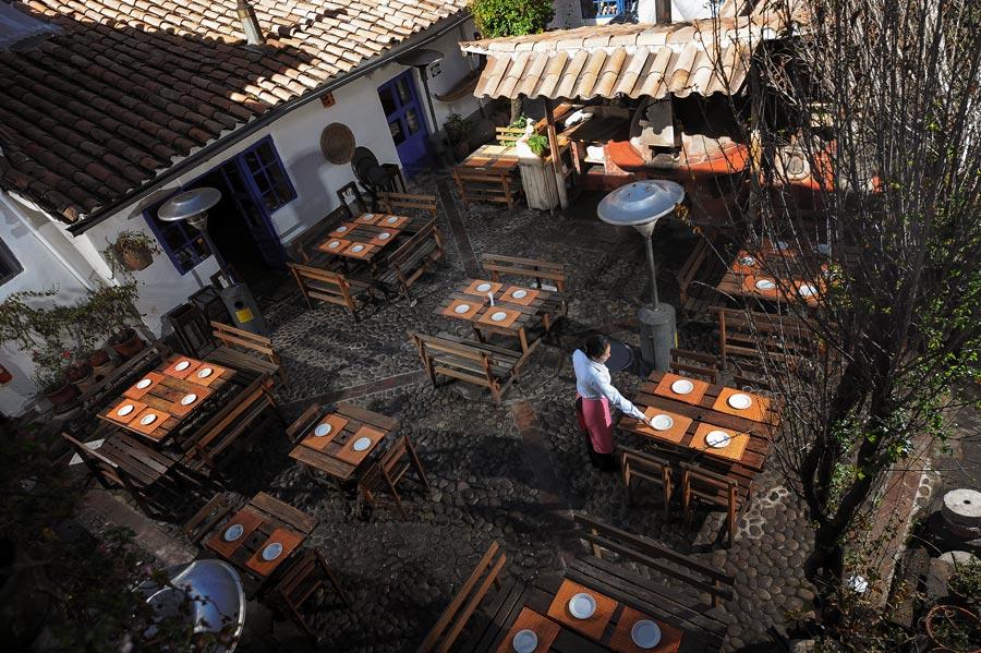 kuoda-blog-pachapapa-restaurant-dining-yard.jpg