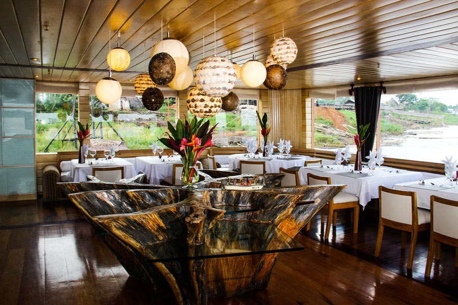 gallery-amazon-cruise-delfin-ii-dining-room.jpg