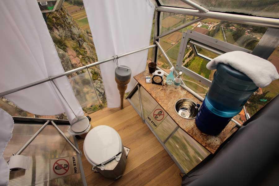 skylodge-adventure-suite-bathroom.jpg