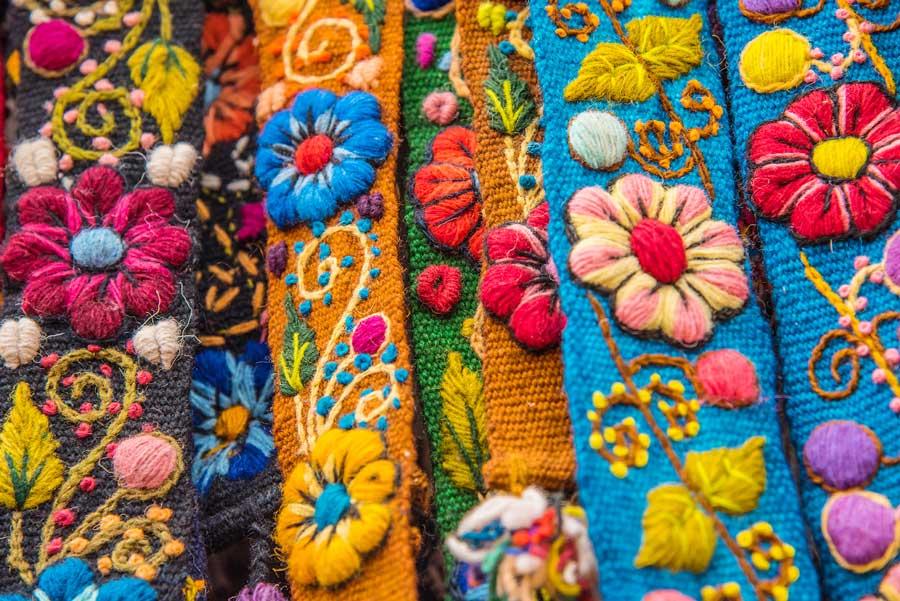 kuoda-blog-explore-cusco-hidden-gems-handcraft-textile.jpg