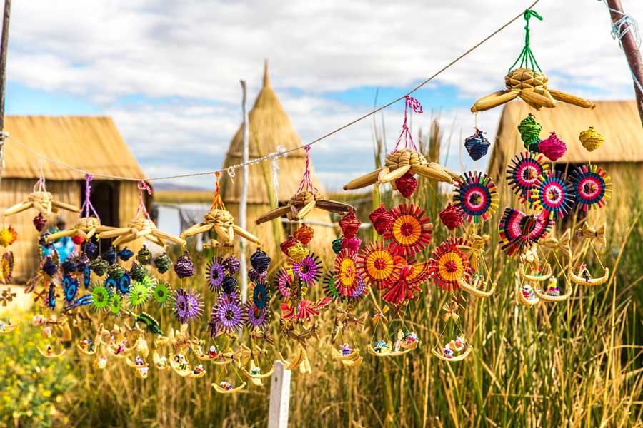 kuoda-blog-puno-biggest-festival-morenada-uros-floating-islands-handcrafts.jpg
