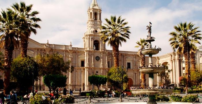 arequipa-biking-city.jpg