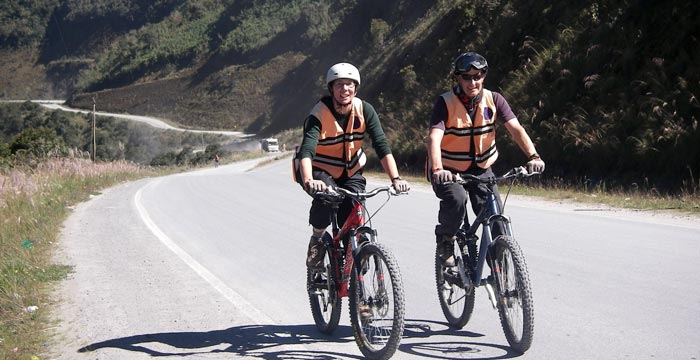canete-biking