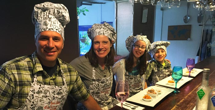 cooking-class-family.jpg