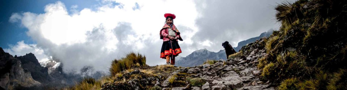 custom-peruvian-vacations-andean-child-mountains.jpg