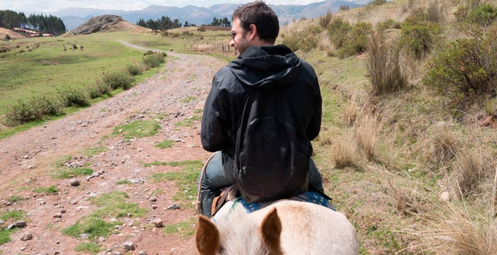 horseback-riding-cusco