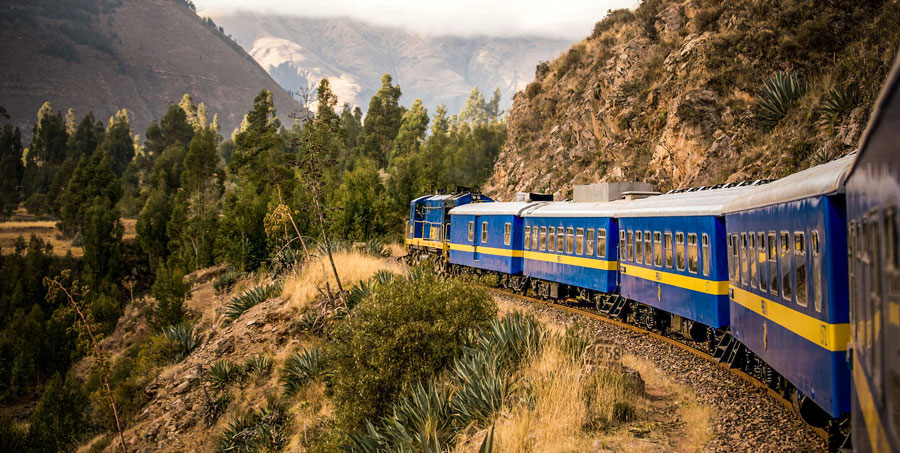 pacha-peru-blog-best-things-do-peru-2017-andean-explorer-train-cusco-puno