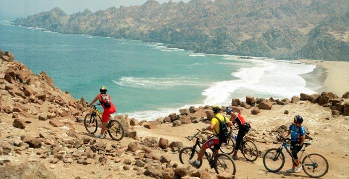 nazca-biking