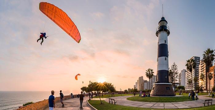 paragliding-lima.jpg