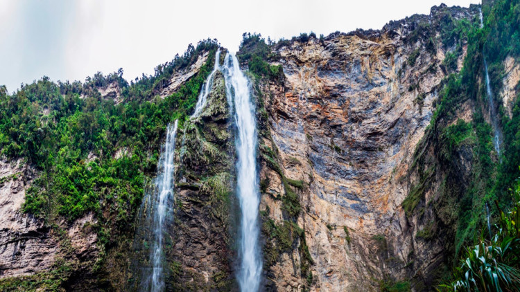 faa-chachapoyas-waterfall