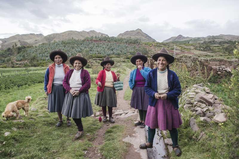 kuoda-blog-yachay-revival-quechua-andean-ladies.jpg