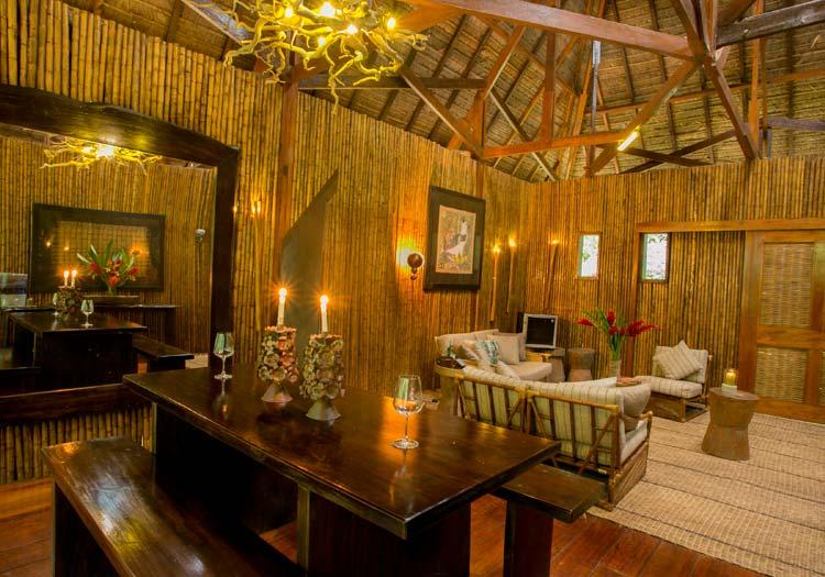featured-accommodation-amazon-villa.jpg