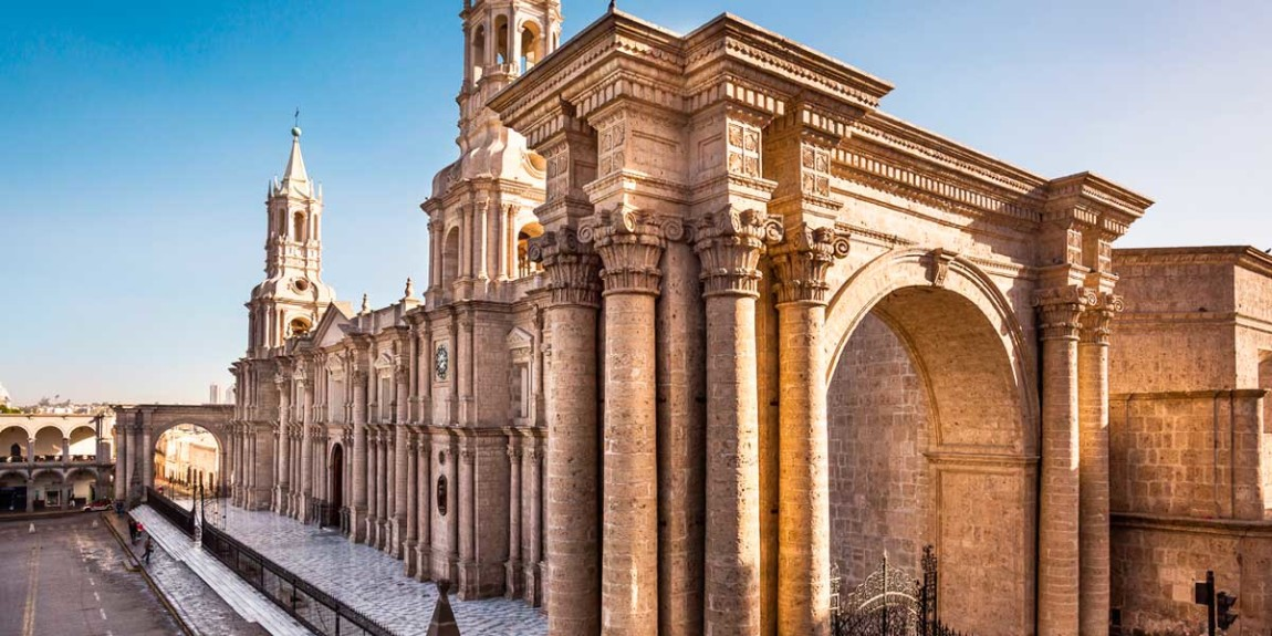 historical-centre-city-arequipa-in.jpg