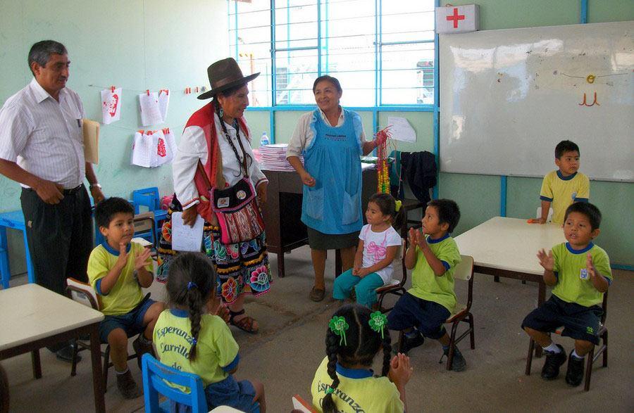 Famous-Peruvian-Women-Hilaria-Supa-Huaman-poor-children