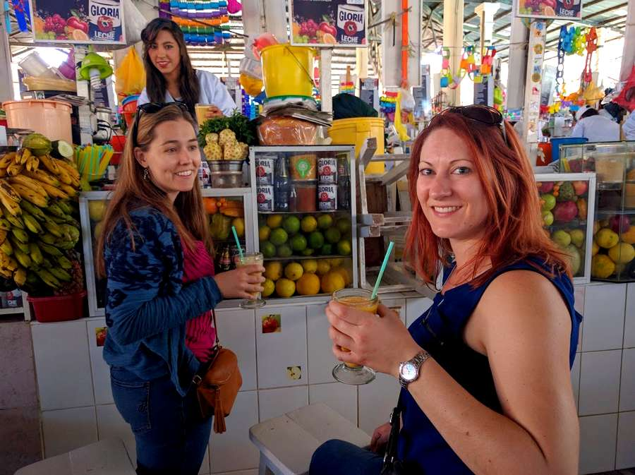 how-to-mingle-with-the-locals-in-cusco-juice.jpg