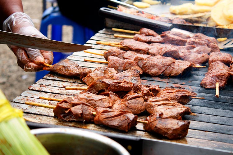 6 Peruvian Food and Drink Delicacies Adventurous Travelers Will Love