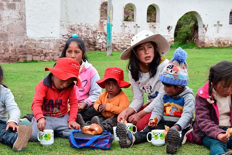 Celebrate Christmas Peru children