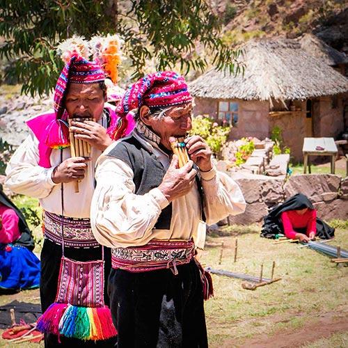 Peruvian andean men