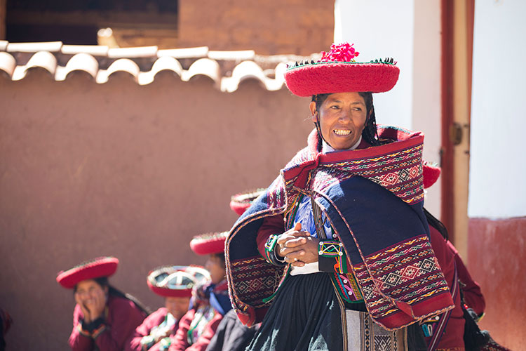 Peruvian andean women jobona