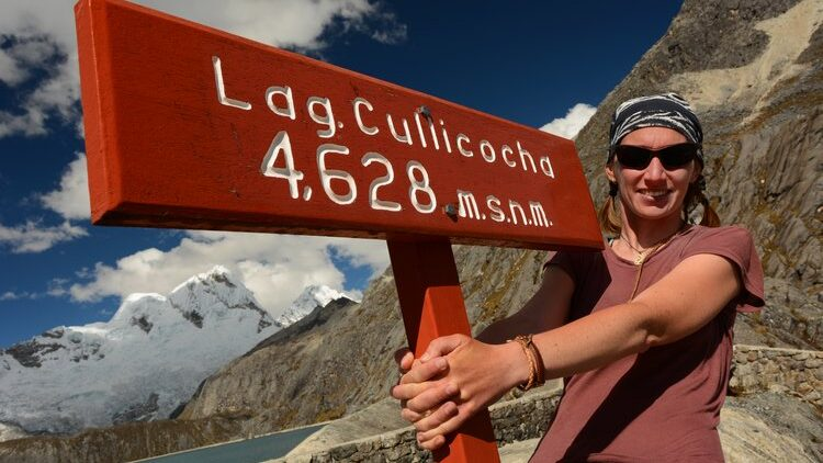 How to Prevent and Deal with Altitude Sickness (Soroche)