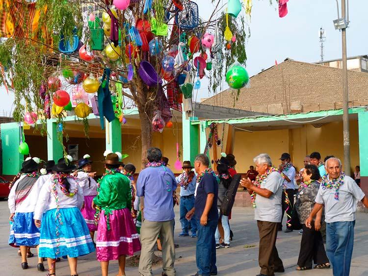 Yunza Peruvian Festivals