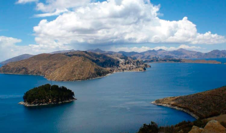 4 activities for exploring the Bolivian Side of Lake Titicaca