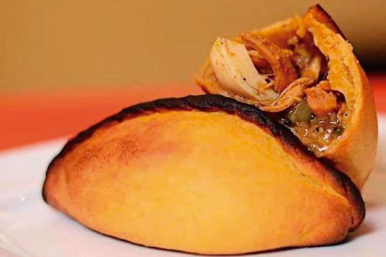 salteña empanada boliviana